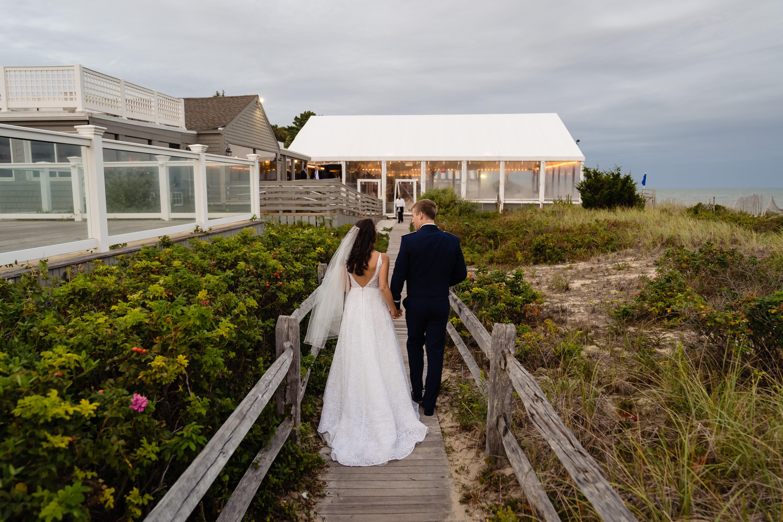 wedding-couple-walking-photo