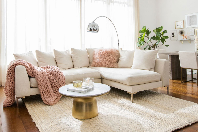 2021-interior-design-trends-neutral-colours-palette-pop-of-pink