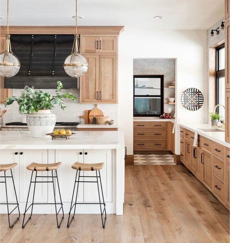 interior-design-trends-2021-light-woods